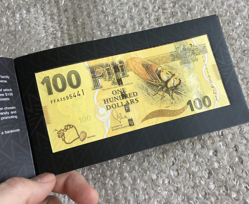 Fiji $100 note